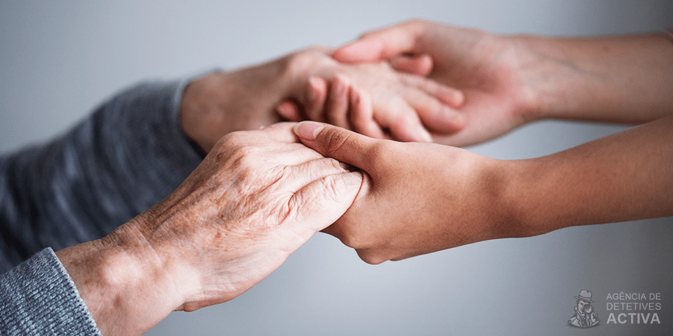 Como avaliar um cuidador de idosos? 4 coisas que você precisa considerar