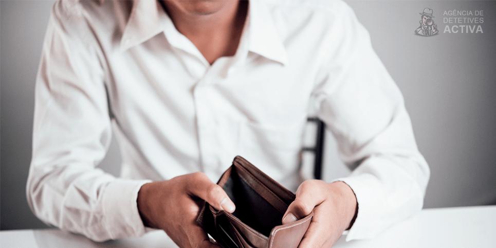 Como lidar com pai que não paga pensão alimentícia?