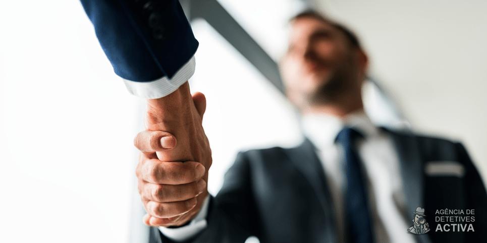 Verificação de conduta: como proteger a reputação da sua empresa